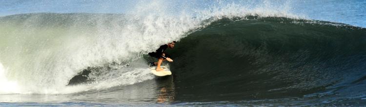 surf-barrels-nicaragua